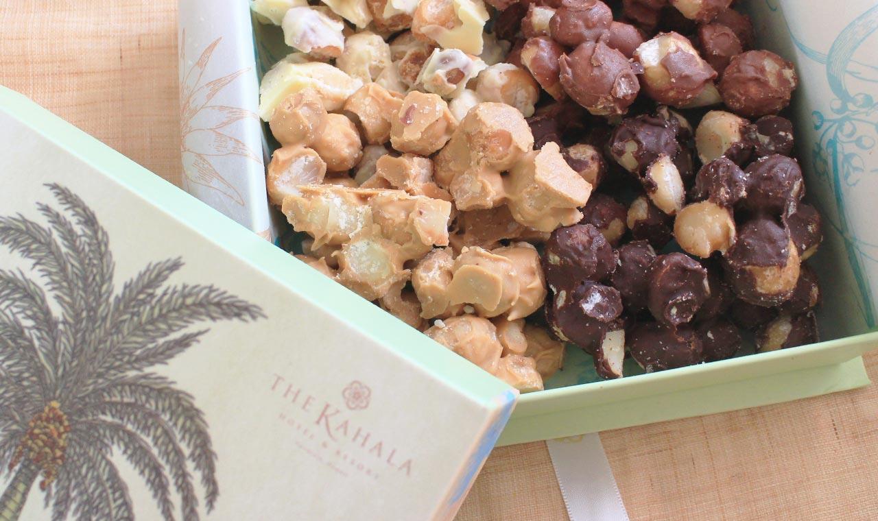 必ず喜ばれるハワイの土産、カハラ・ブティックのマカダミアナッツ・チョコレートのアイキャッチ画像
