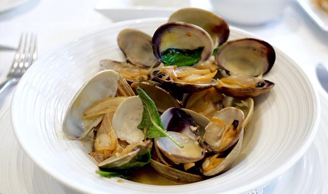 新鮮な魚介を使った地中海料理、タオルミーナ・シチリアン・キュイジーヌのアイキャッチ画像