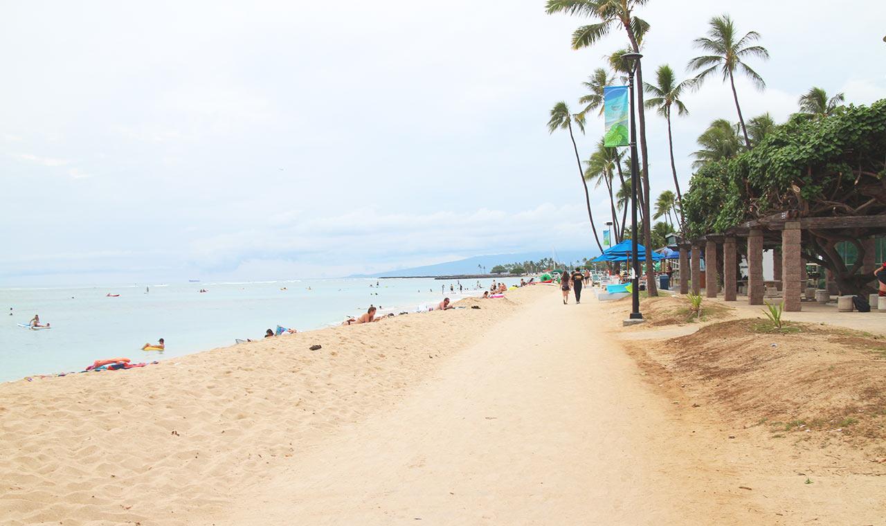 ハワイ好きが決めたオアフ島のおすすめビーチベスト10のアイキャッチ画像