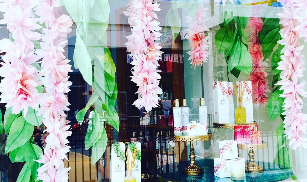 フォトグラファー蜷川実花 ハワイで訪れたショッピング&グルメスポット5選のアイキャッチ画像