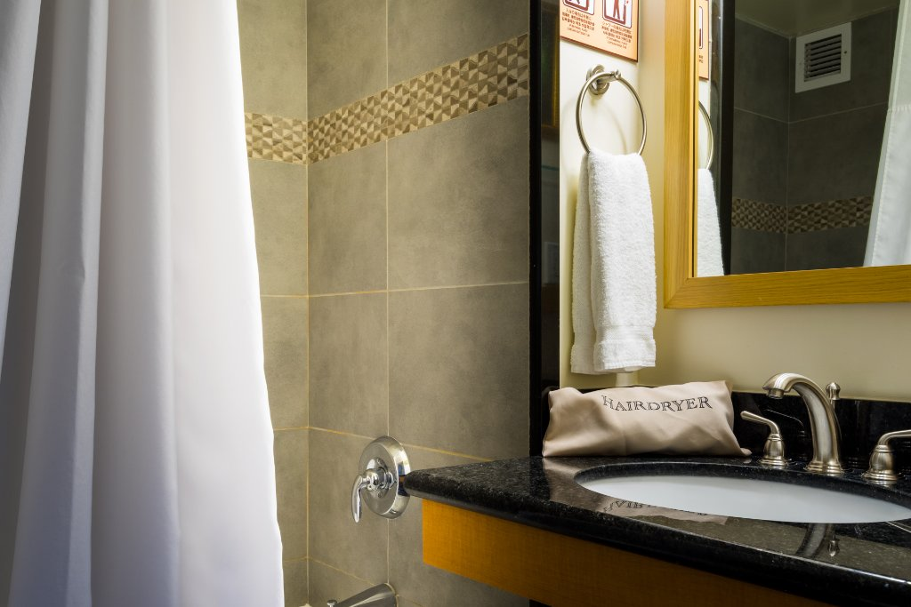 cosmopolitan-family-suite