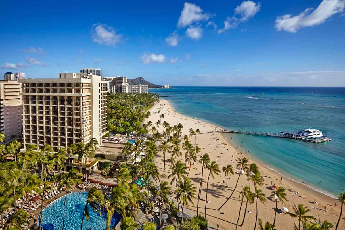 ザ・アリイ外観© Hilton Hawaiian Village